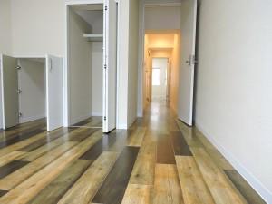 3階洋室から廊下